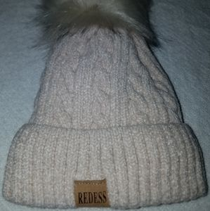 NIP childs size redess winter cap/beanie